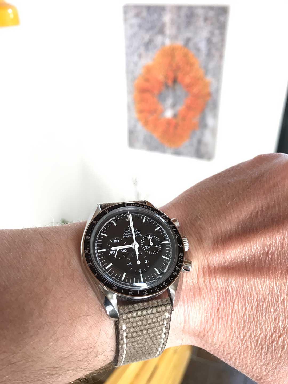 08-hodinkee-watch-strap-IMG_8204.jpg