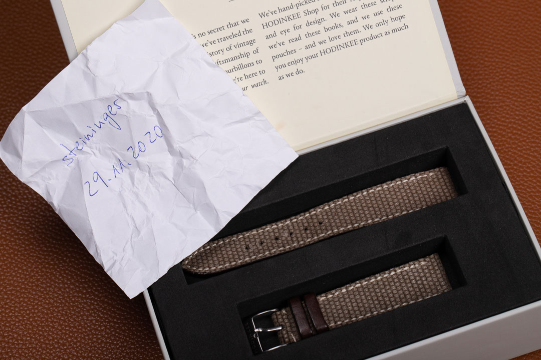 09-hodinkee-canvas-and-leather-watch-strap-gebraucht-IMG_3461.jpg