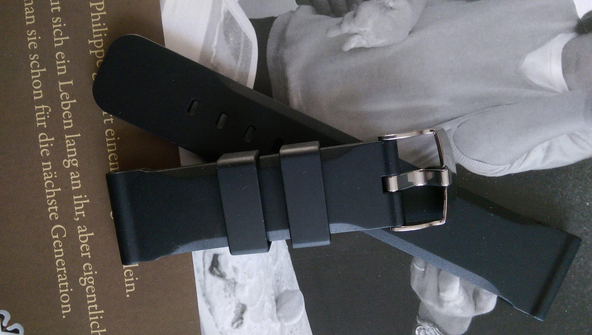 erledigt schwarzes silikon band h2o kalmar 2 24mm neu. Black Bedroom Furniture Sets. Home Design Ideas