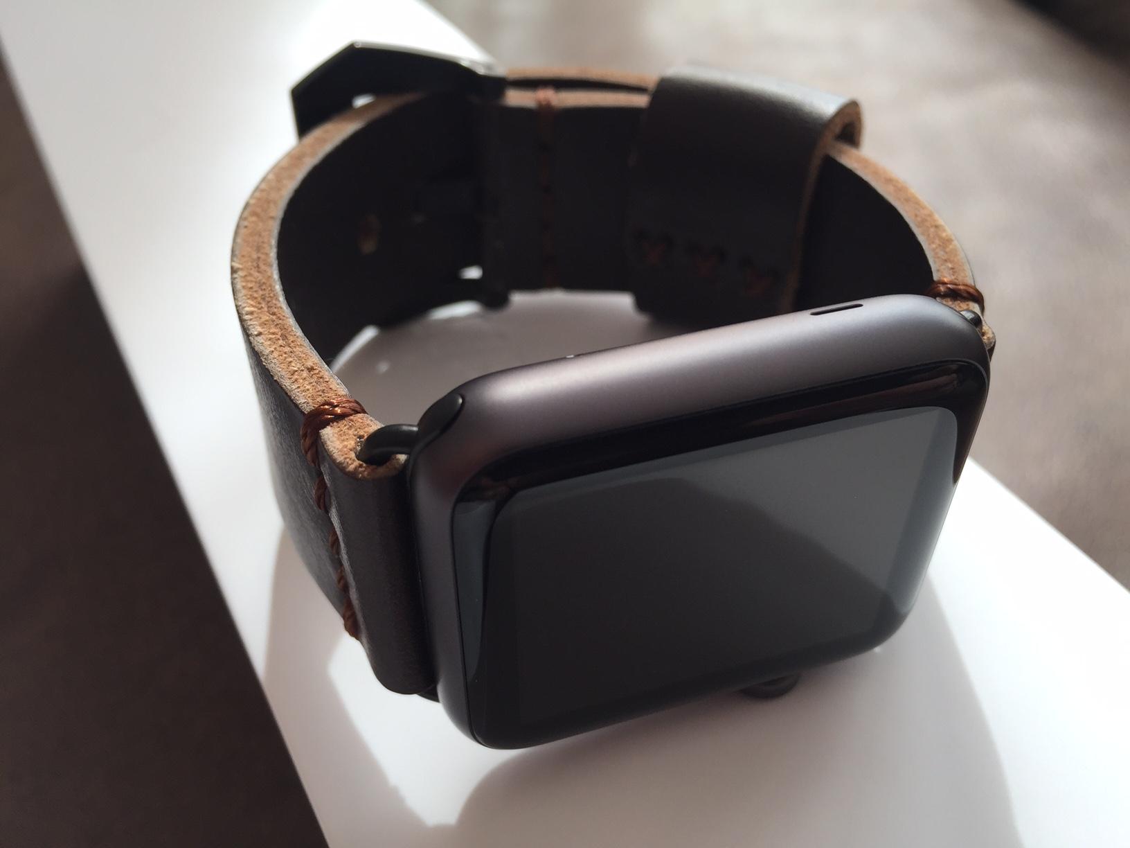 erledigt apple watch 42mm sport wie neu mit rechnung uhrforum. Black Bedroom Furniture Sets. Home Design Ideas