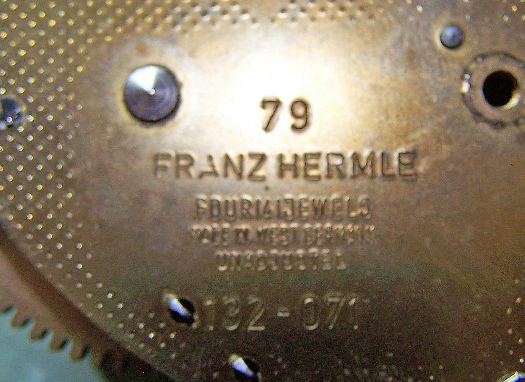 5836-Marke-HERMLE.JPG