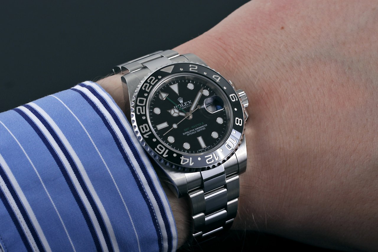 rolex gmt master ii small wrist. Black Bedroom Furniture Sets. Home Design Ideas