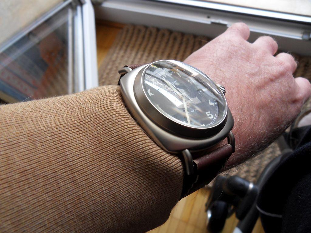 Aristo 3H39 Wrist.jpg