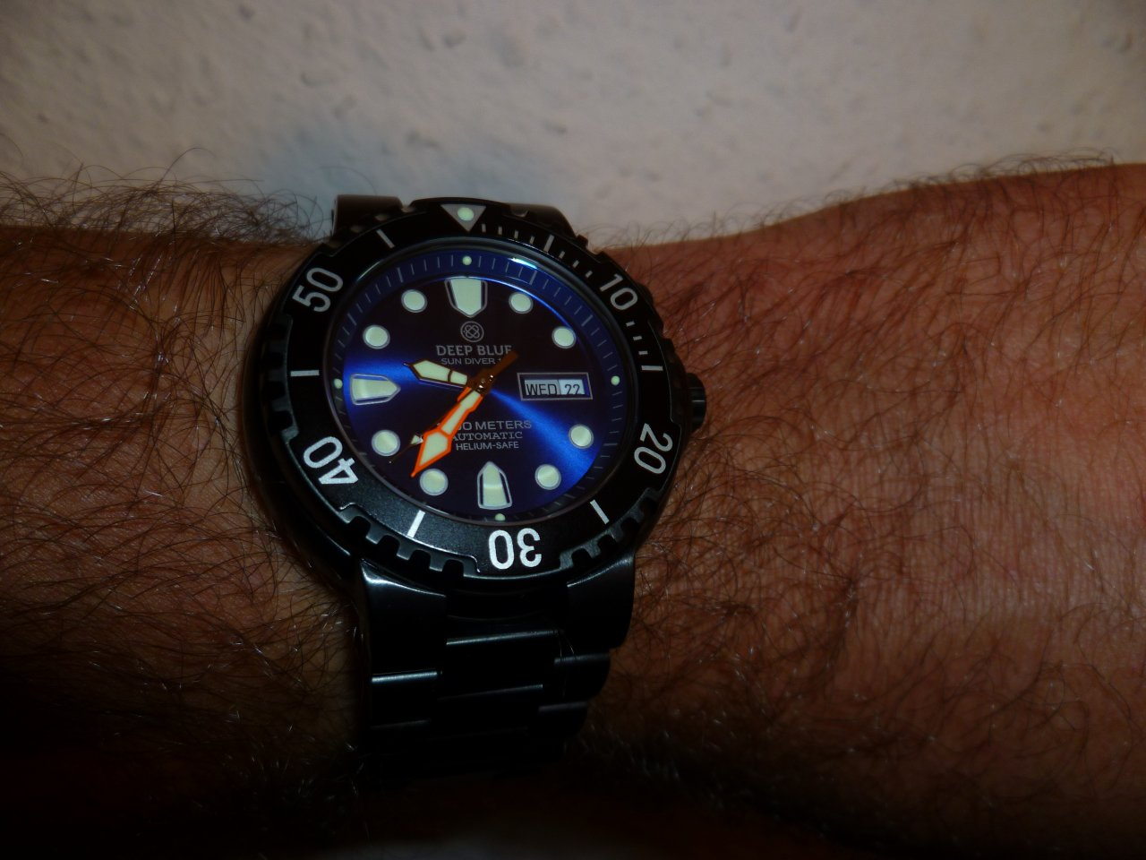 Deep blue diver club d b d c uhrforum seite 10 - Dive deep blue ...