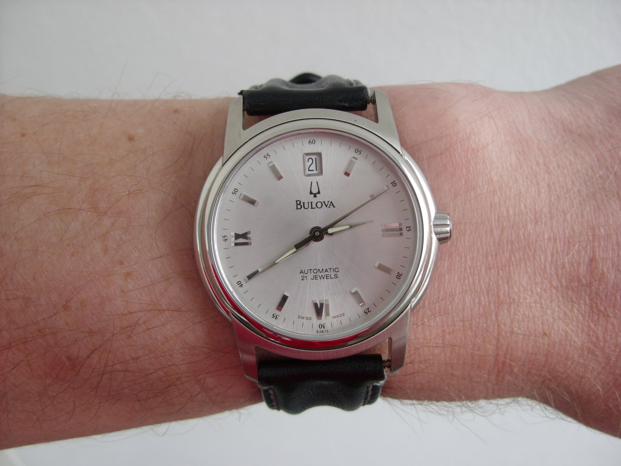 Erledigt] - Bulova accutron Dresswatch Automatik 2892 silver dial ...