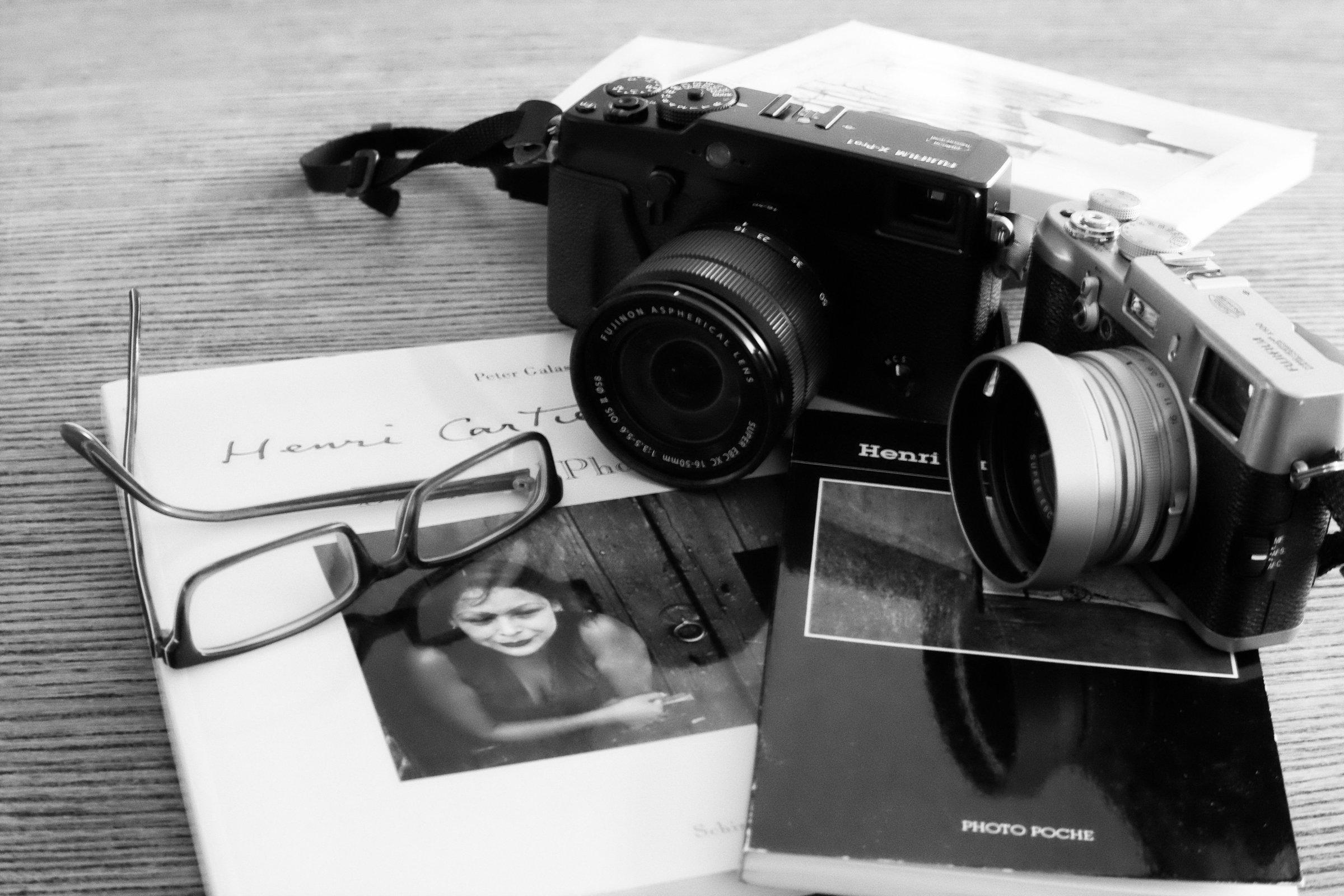 Cameras_bw_01.JPG