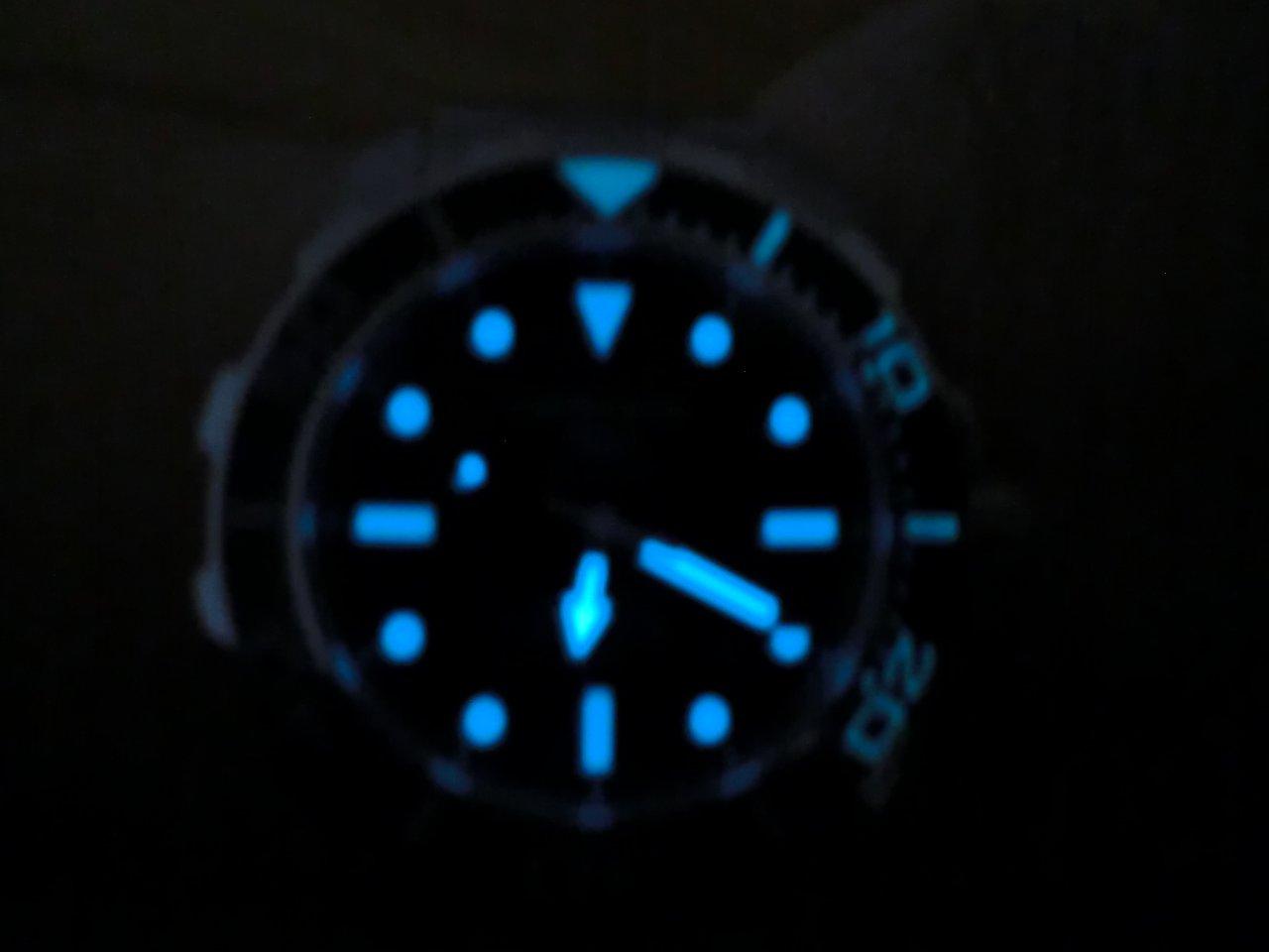 284487d1313079949-certina-ds-action-diver-automatic-cimg0213.jpg