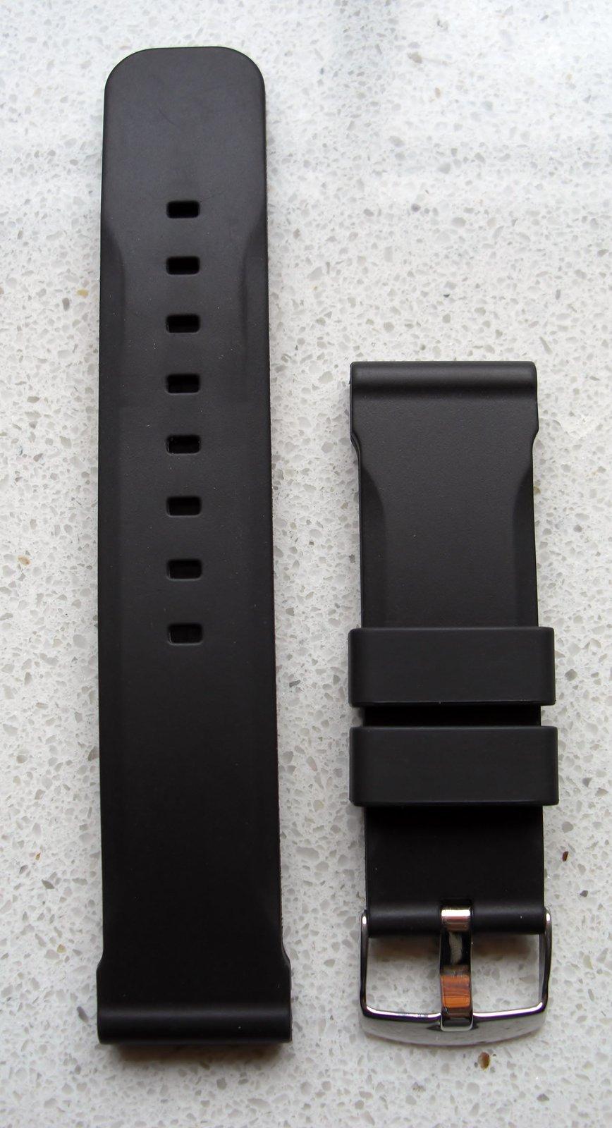 reserviert silikon kautschukband sehr massiv 24 22mm neu uhrforum. Black Bedroom Furniture Sets. Home Design Ideas