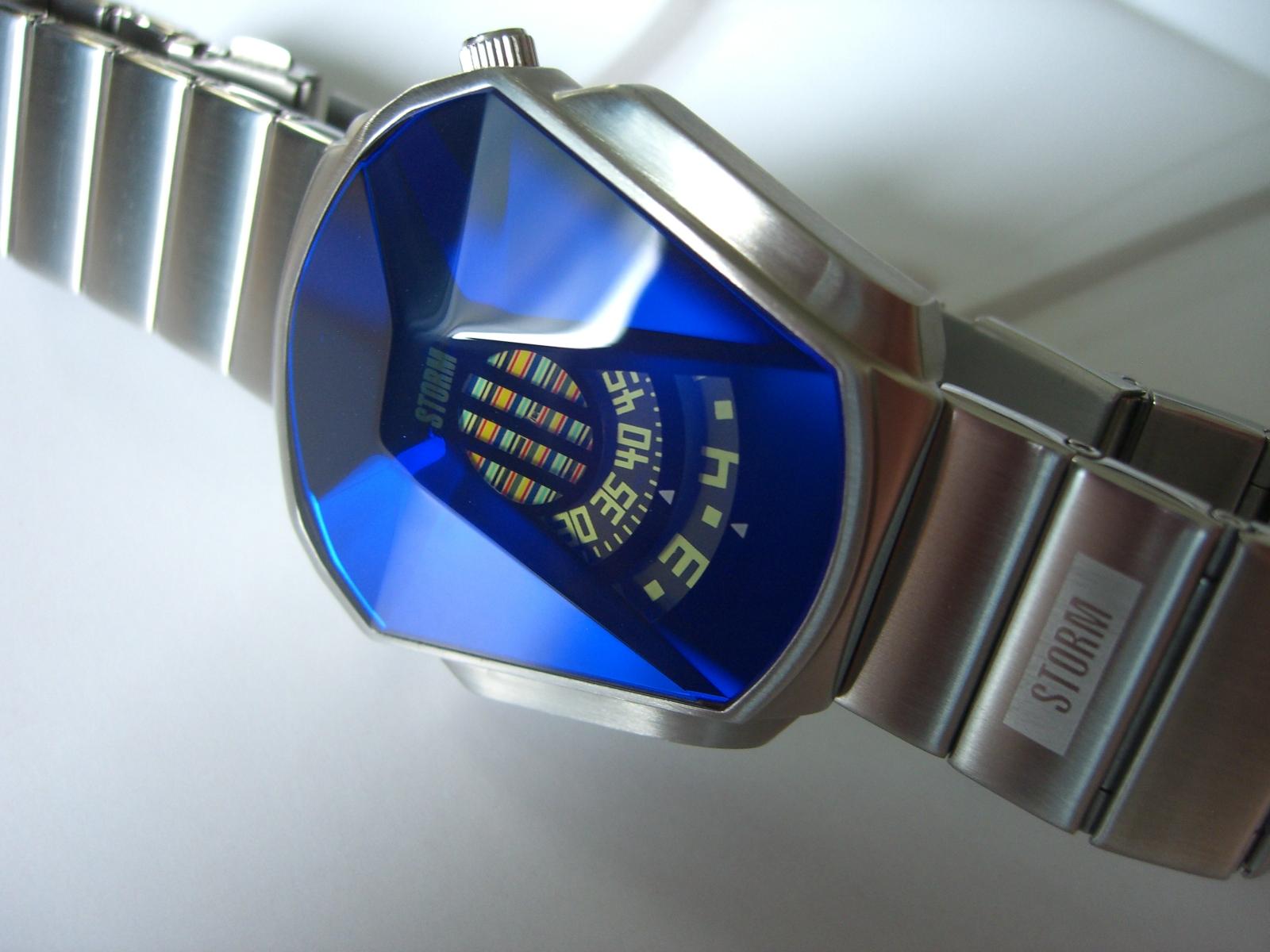 5a726b48dac STORM Darth Lazer Blue Referenz  10657. Gehäuse  Edelstahl Werk  Quarz  Band  Edelstahl gefaltet