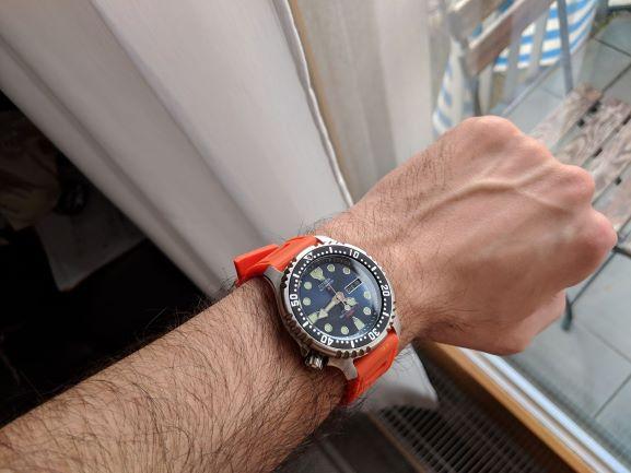 Citizen orange 2.jpg