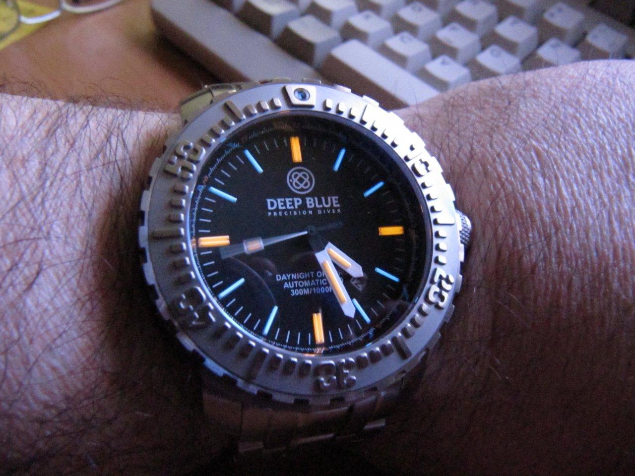 Deep blue diver club d b d c uhrforum - Dive deep blue ...