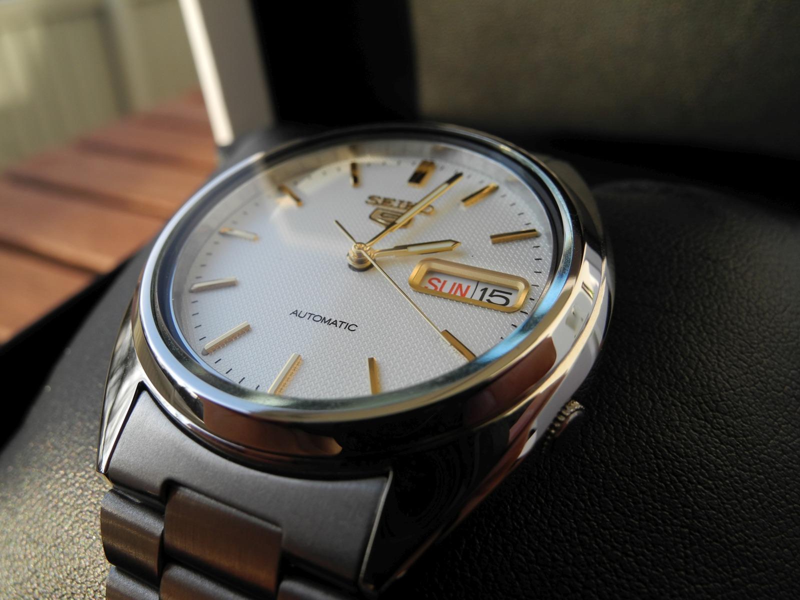 erledigt  seiko 5 men u0026 39 s automatic watch - snxg47k