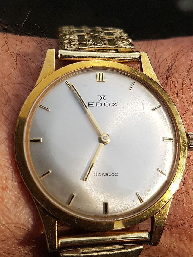 EDOX mit PESEUX 320 ohne Sekunde.jpg