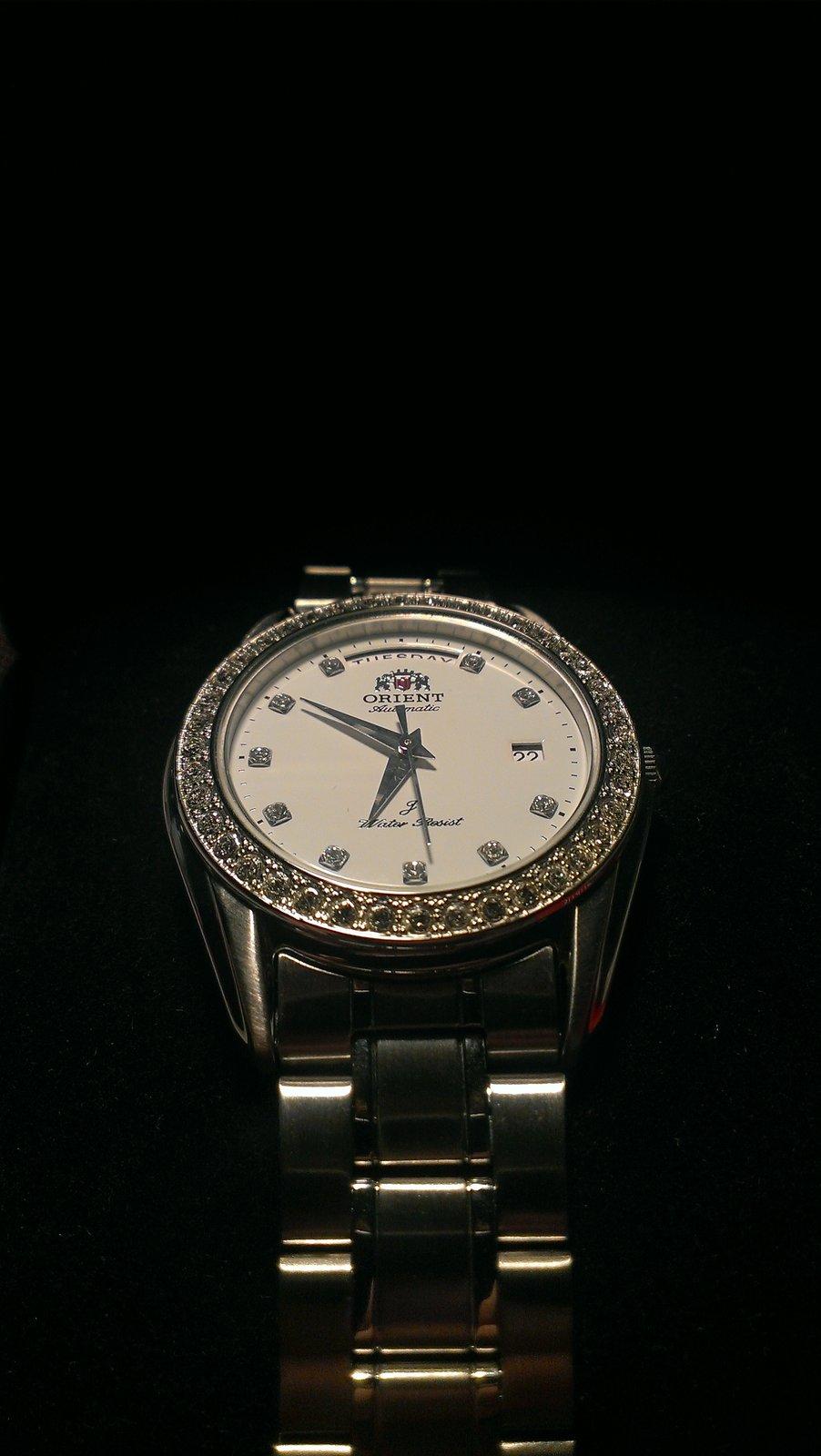 Orient Damenuhr Lady Day & Date Ref.Nr.: CEV06002WY