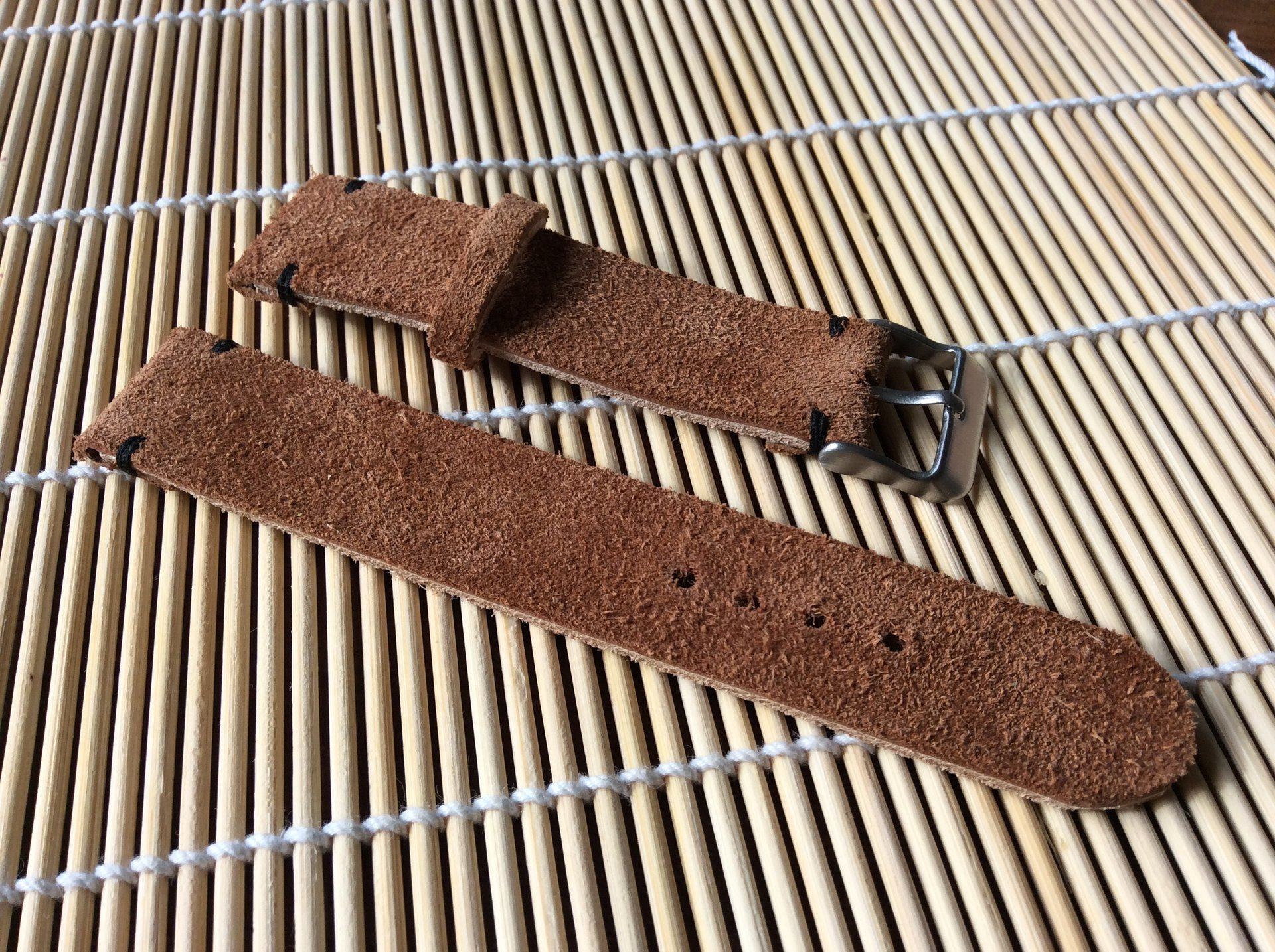 verkauf wildleder uhrenarmband 20 mm cognac braun uhrforum. Black Bedroom Furniture Sets. Home Design Ideas