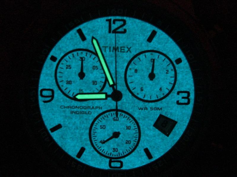 Pin Timex Indiglo Night Light Watch 50m Water Resistan On