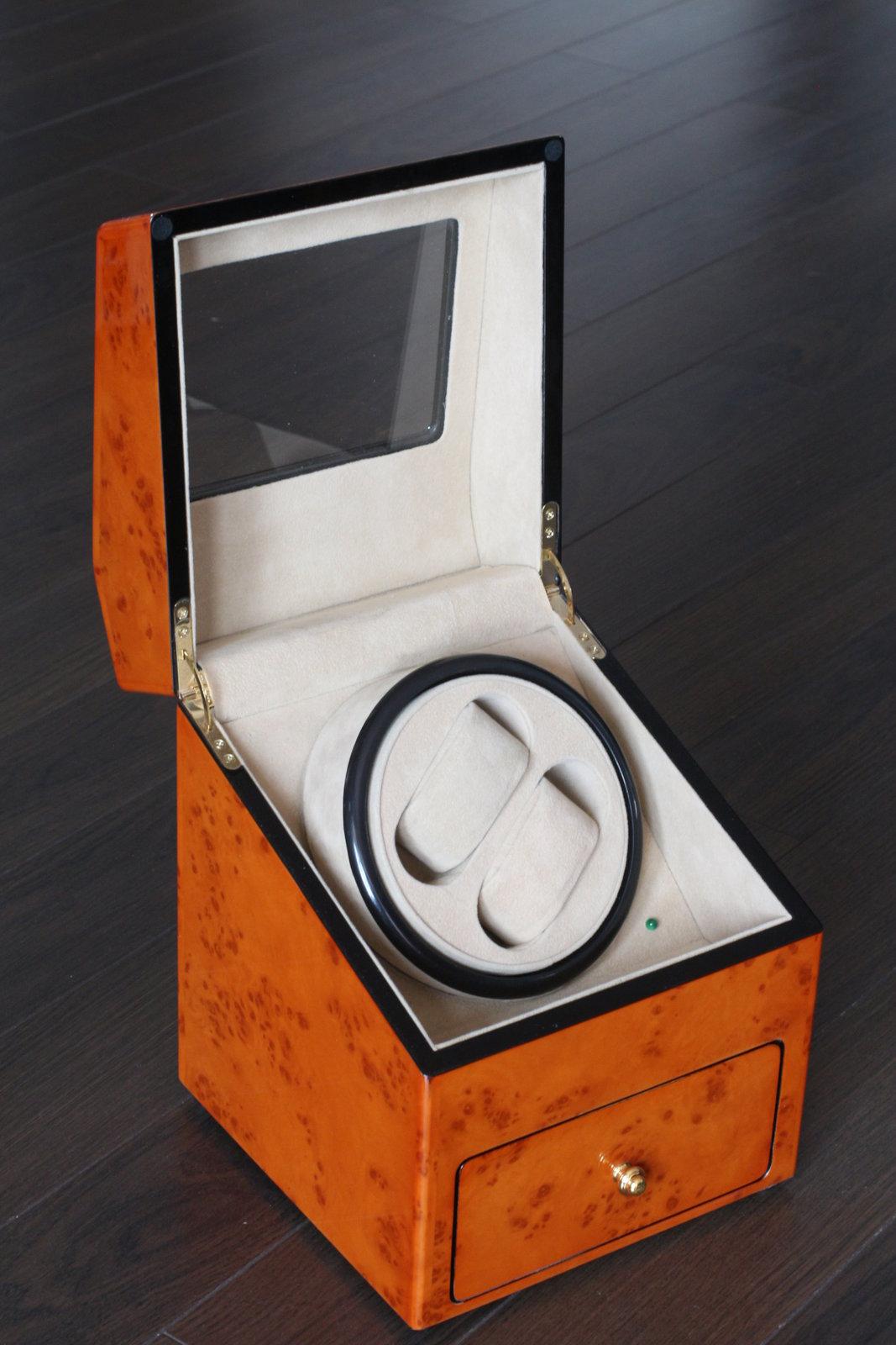 erledigt uhrenbeweger wurzelholz f r 2 uhren plus 2 uhren aufbewahrung uhrforum. Black Bedroom Furniture Sets. Home Design Ideas