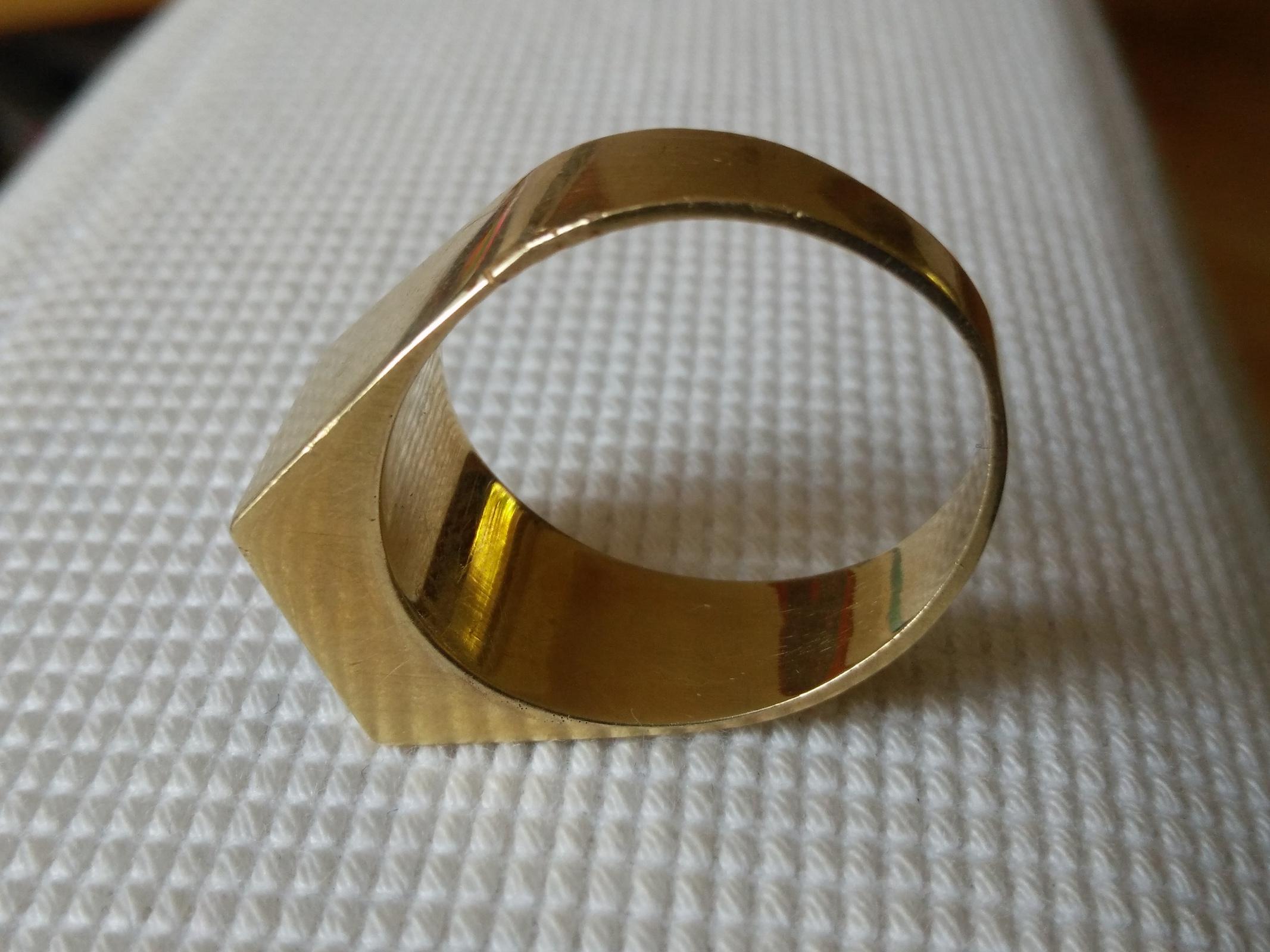fund roxy punze in altem siegelring herrenring gold 585 uhrforum. Black Bedroom Furniture Sets. Home Design Ideas