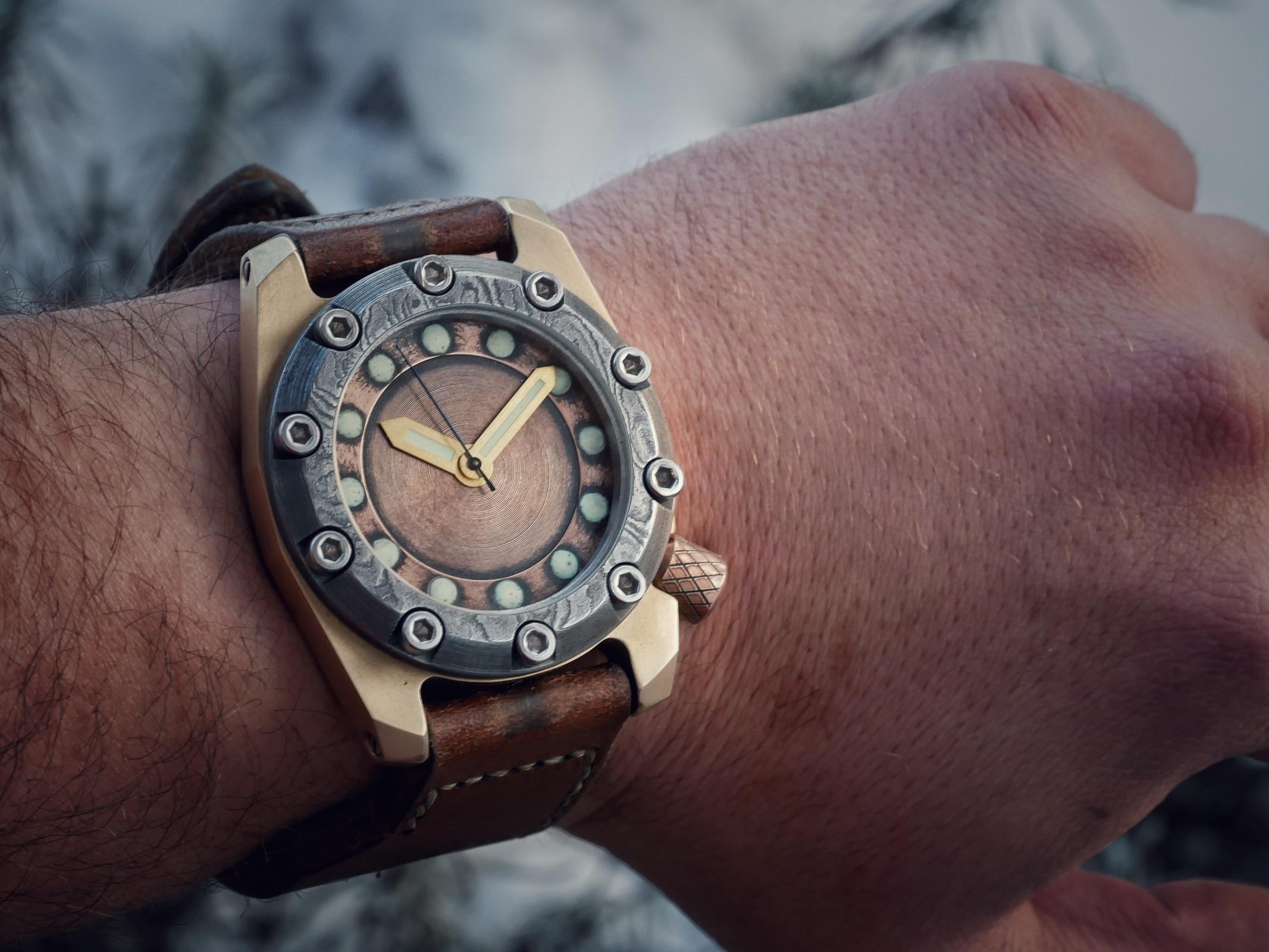 Der Bronze-Uhren Thread - oder zeigt her eure Schätze in Bronze ...