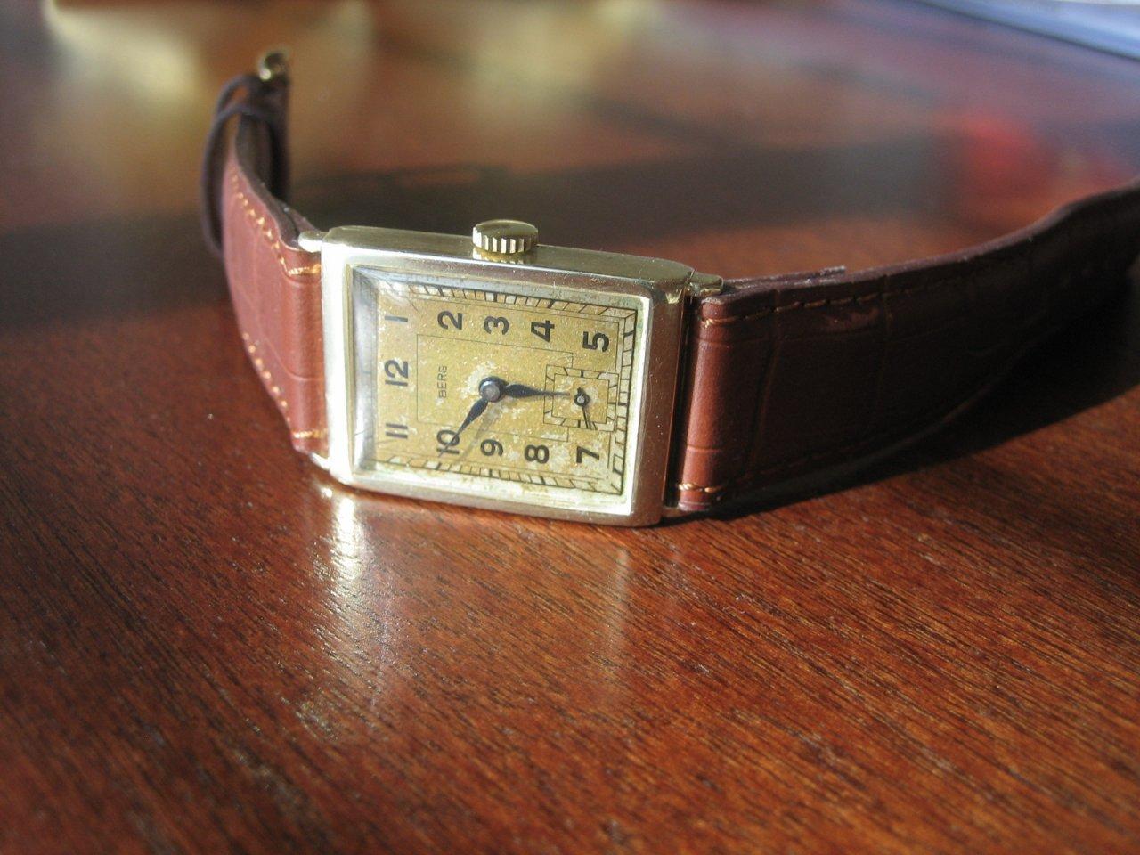 Uhr Vintage Wind