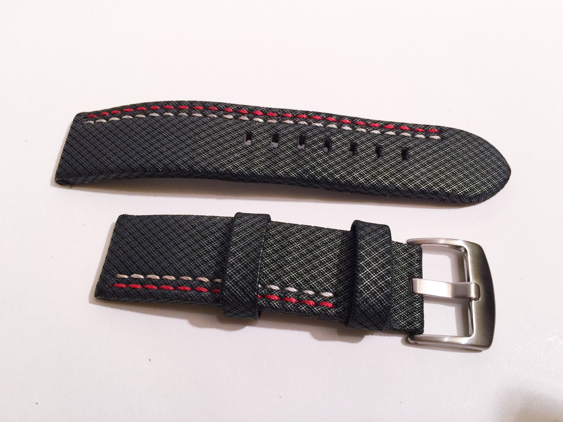 reserviert uhrenarmband mit dornschlie e 22mm mit rot. Black Bedroom Furniture Sets. Home Design Ideas