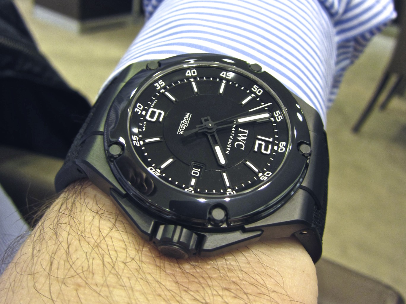 iwc ingenieur automatic amg ceramic black series edition. Black Bedroom Furniture Sets. Home Design Ideas