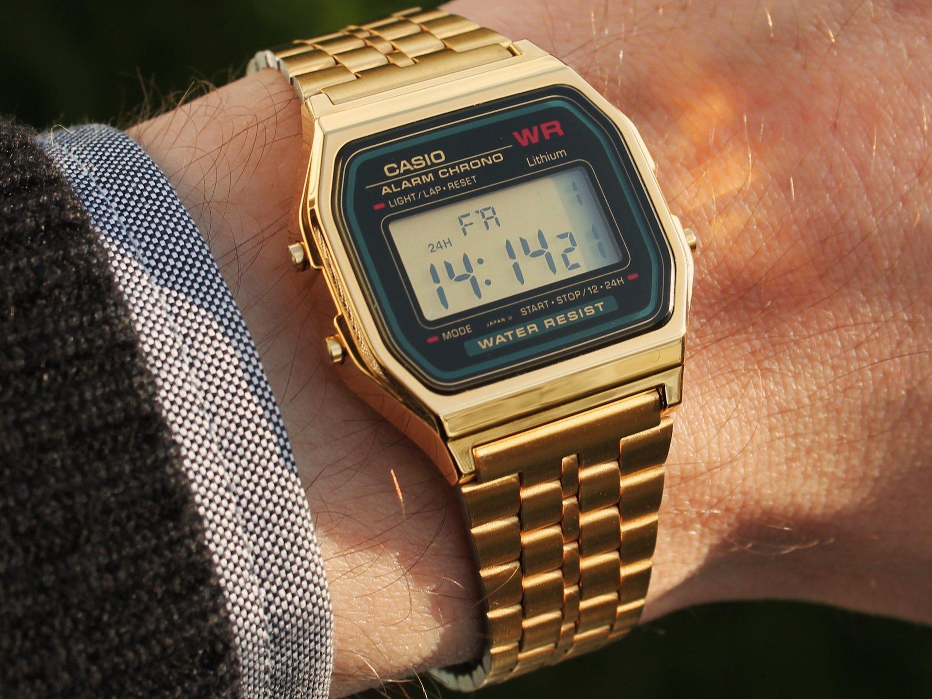 34ff1375b374 Qué os parece ESTE RELOJ DIGITAL CASIO dorado  +elegante - ForoCoches