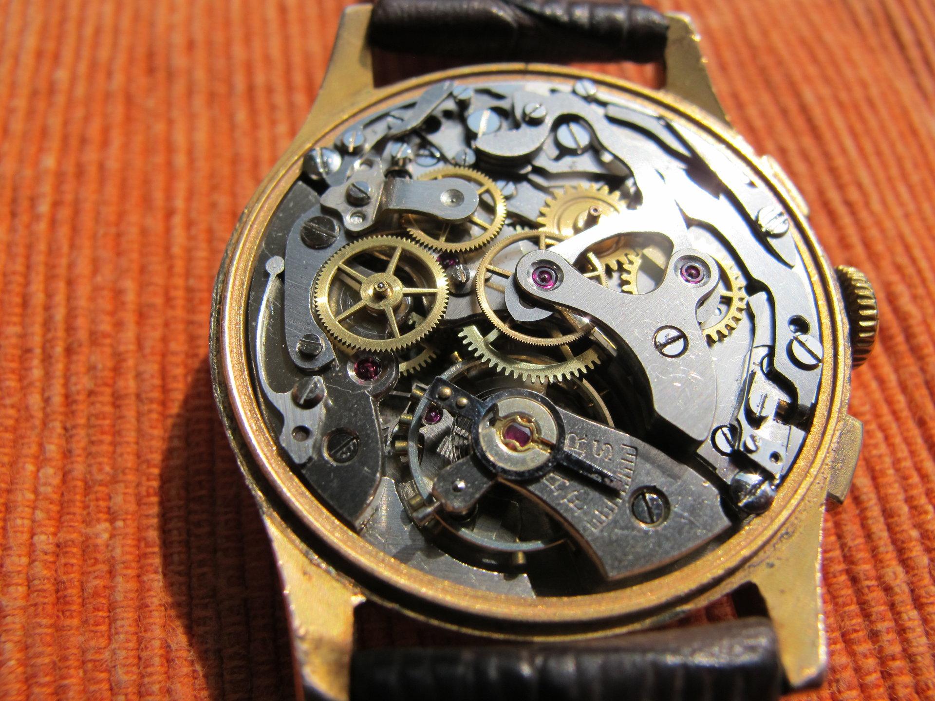 verkauf tausch vintage herren chronograph pontiac landeron 248 kaliber handaufzug uhrforum. Black Bedroom Furniture Sets. Home Design Ideas
