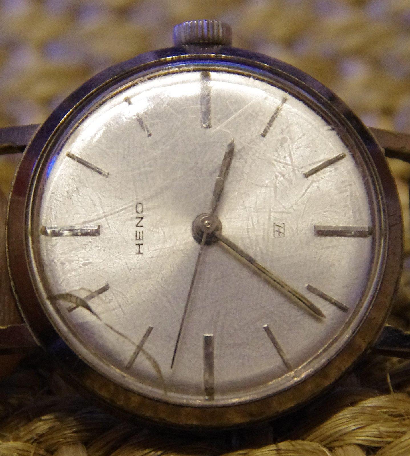 Gesammelte Uhren Alles Was So Noch Irgendwo Lag