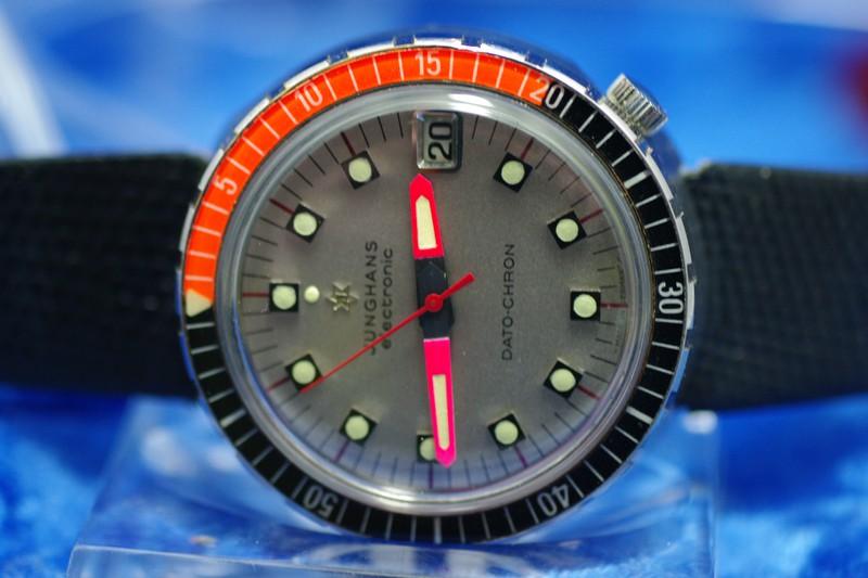 Name:  JH Dato Chron Diver 1.jpg Hits: 238 Größe:  84,9 KB