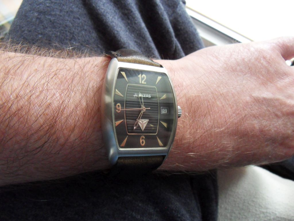 Junkers Wrist Originalband.jpg