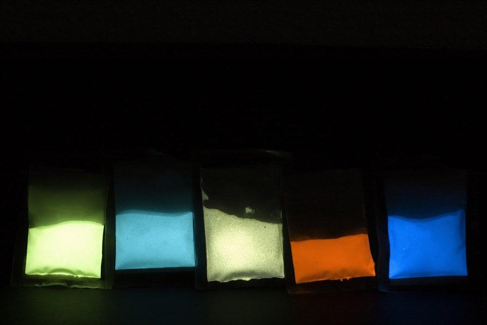 leuchtfarben mit welchen medium mischen uhrforum. Black Bedroom Furniture Sets. Home Design Ideas