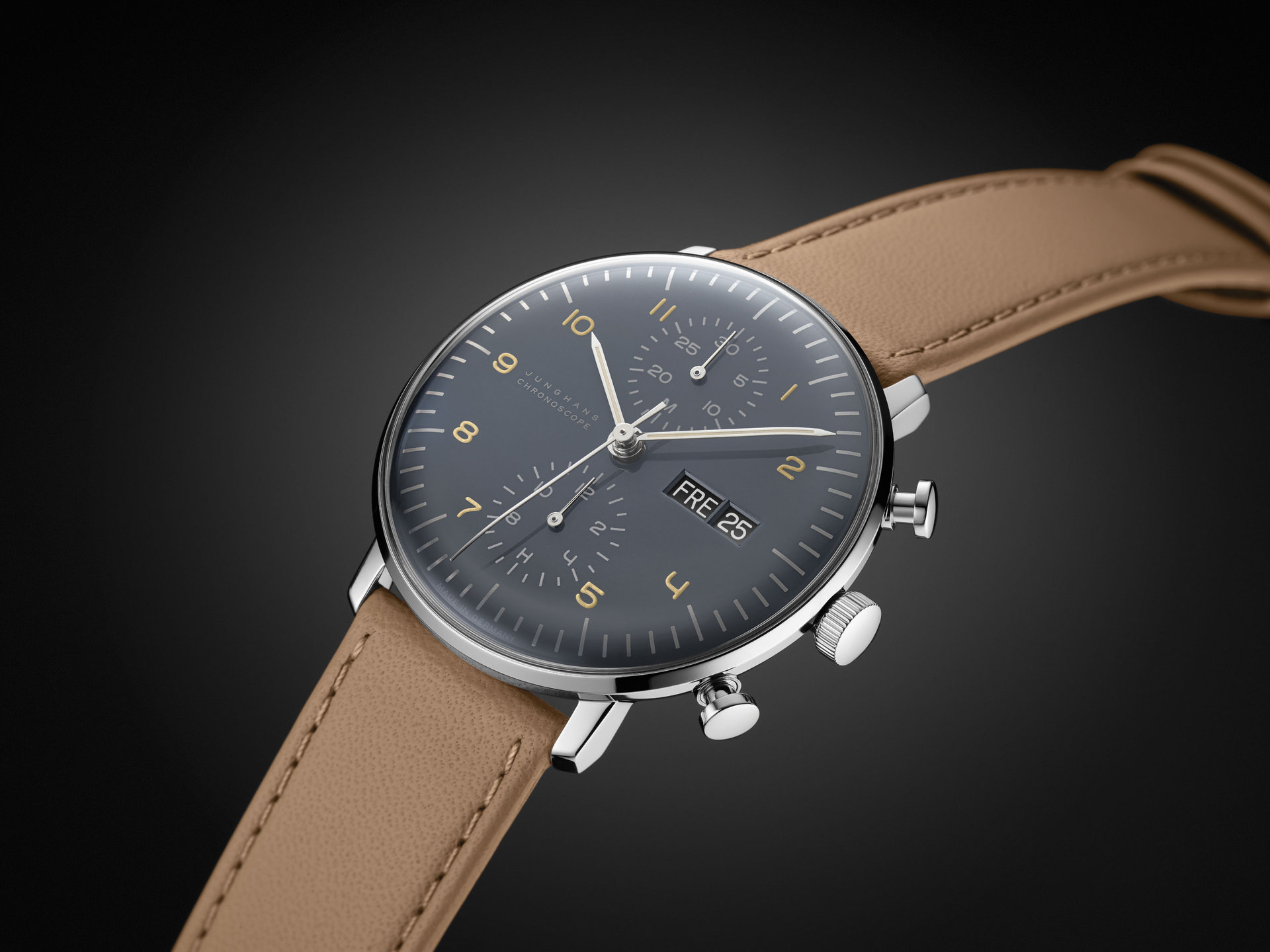 neue uhr junghans max bill chronoscope neues modell. Black Bedroom Furniture Sets. Home Design Ideas