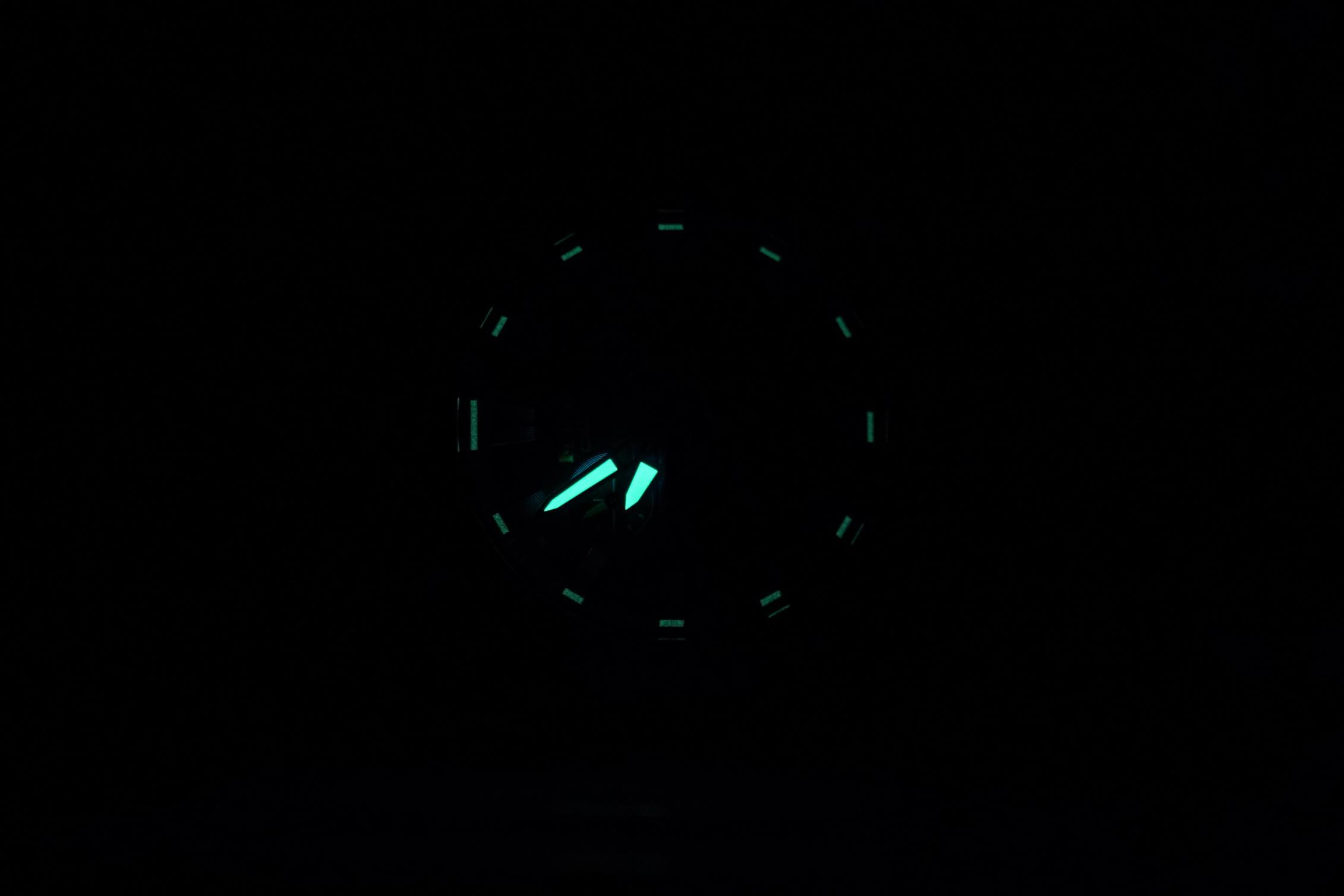 MTG-B2000PH-2AER-CASIO-G-SHOCK---LUMESHOT.jpg