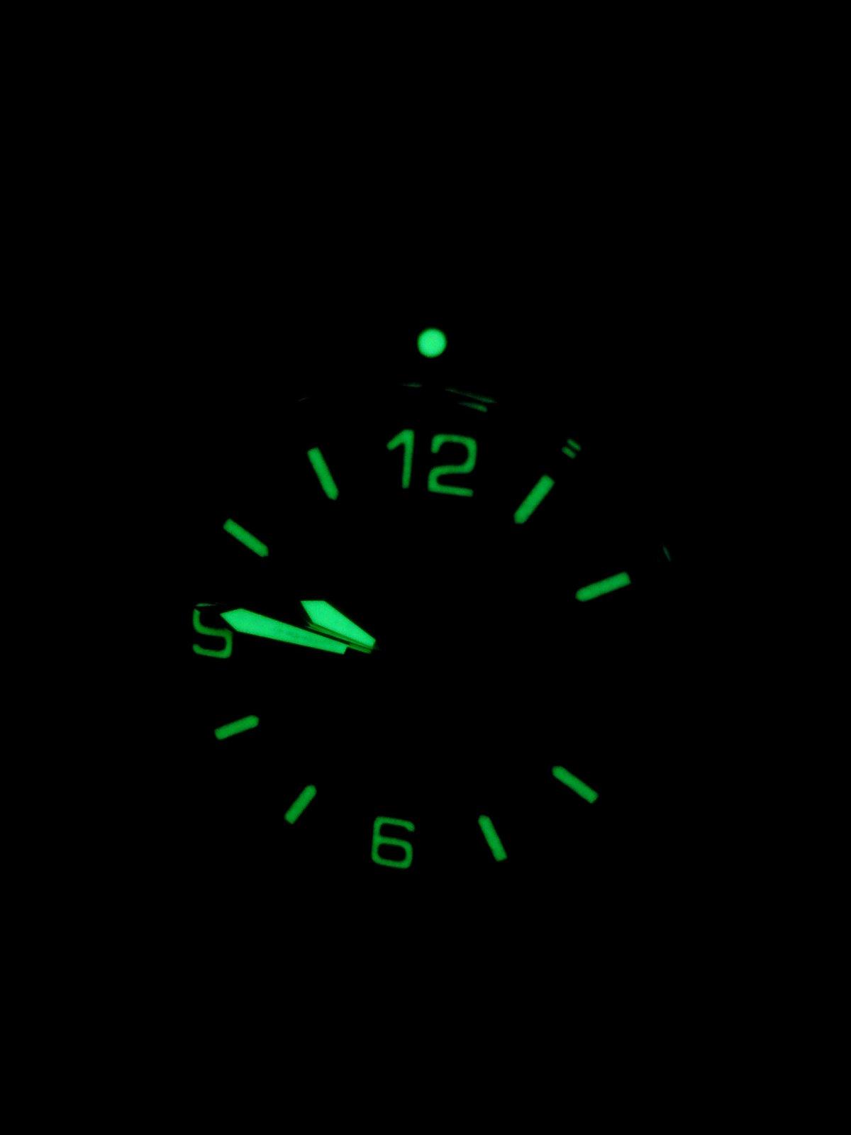 631783d1370461948-uhren-bei-nacht-nacht.