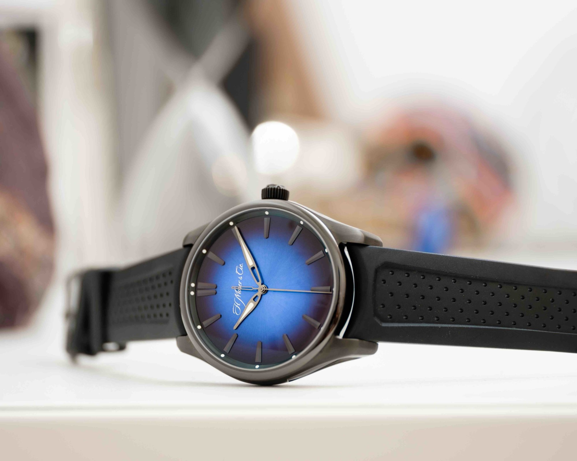Pioneer-Centre-Seconds-Funky-Blue-Black-Edition_3200-1205_Lifestyle_02-e1562753686906.jpeg