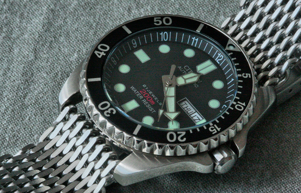 570743d1337252590-armband-fuer-citizen-promaster-sea-ny0040-09ee-promaster-shark_1.jpg