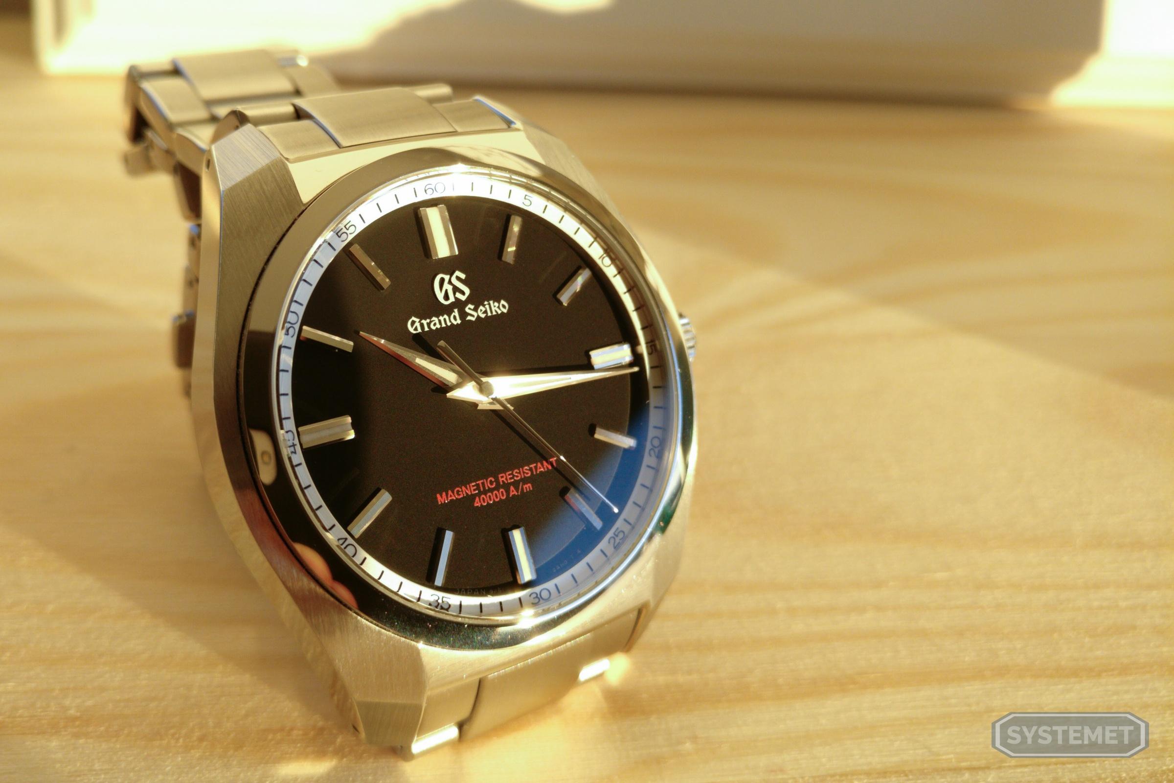 new products 481f9 8deec Grand Seiko SBGX293 - Der Mensch als Uhr.