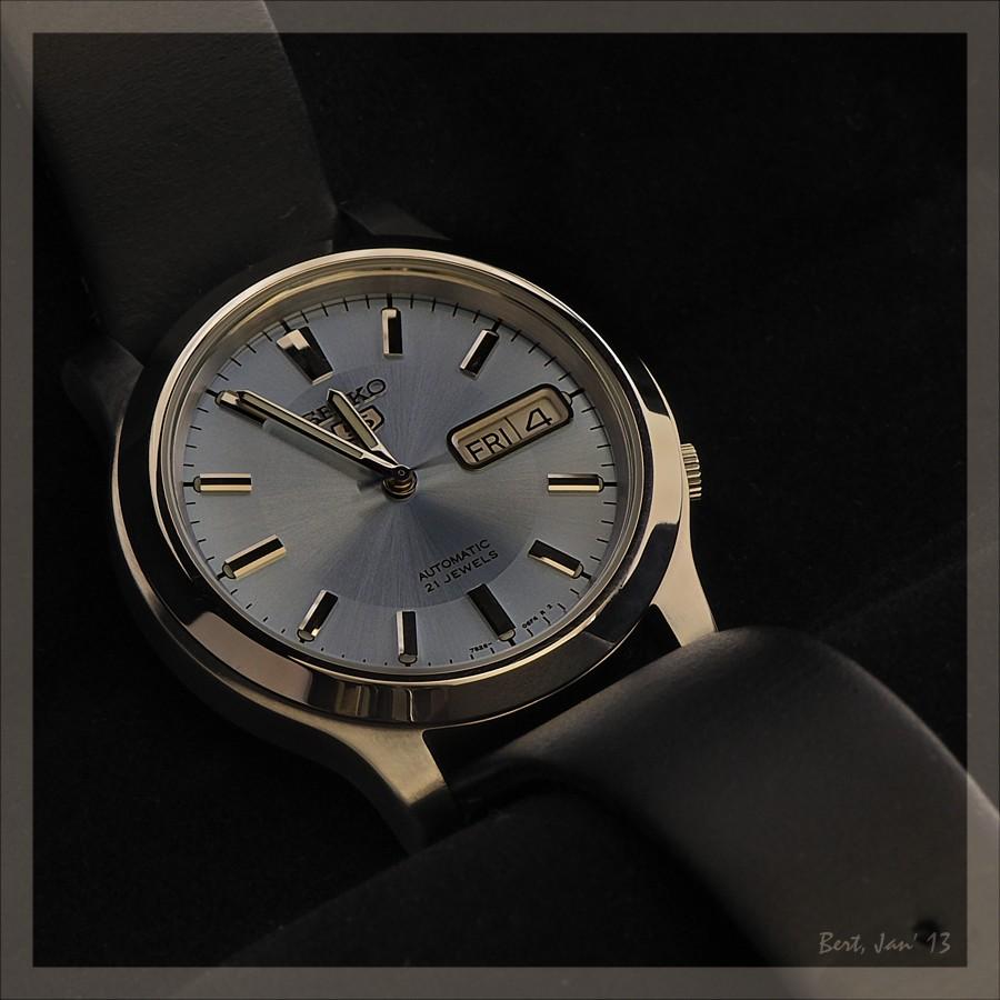 Kaufberatung dresswatch mit hellem ziffernblatt bis 400 for Jugendzimmer bis 400 euro