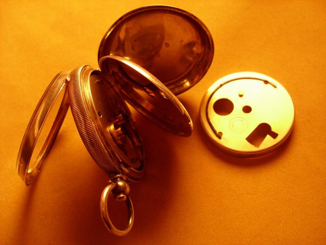 Uhrenbestimmung englische taschenuhren mit 3 deckel und for Deckel englisch