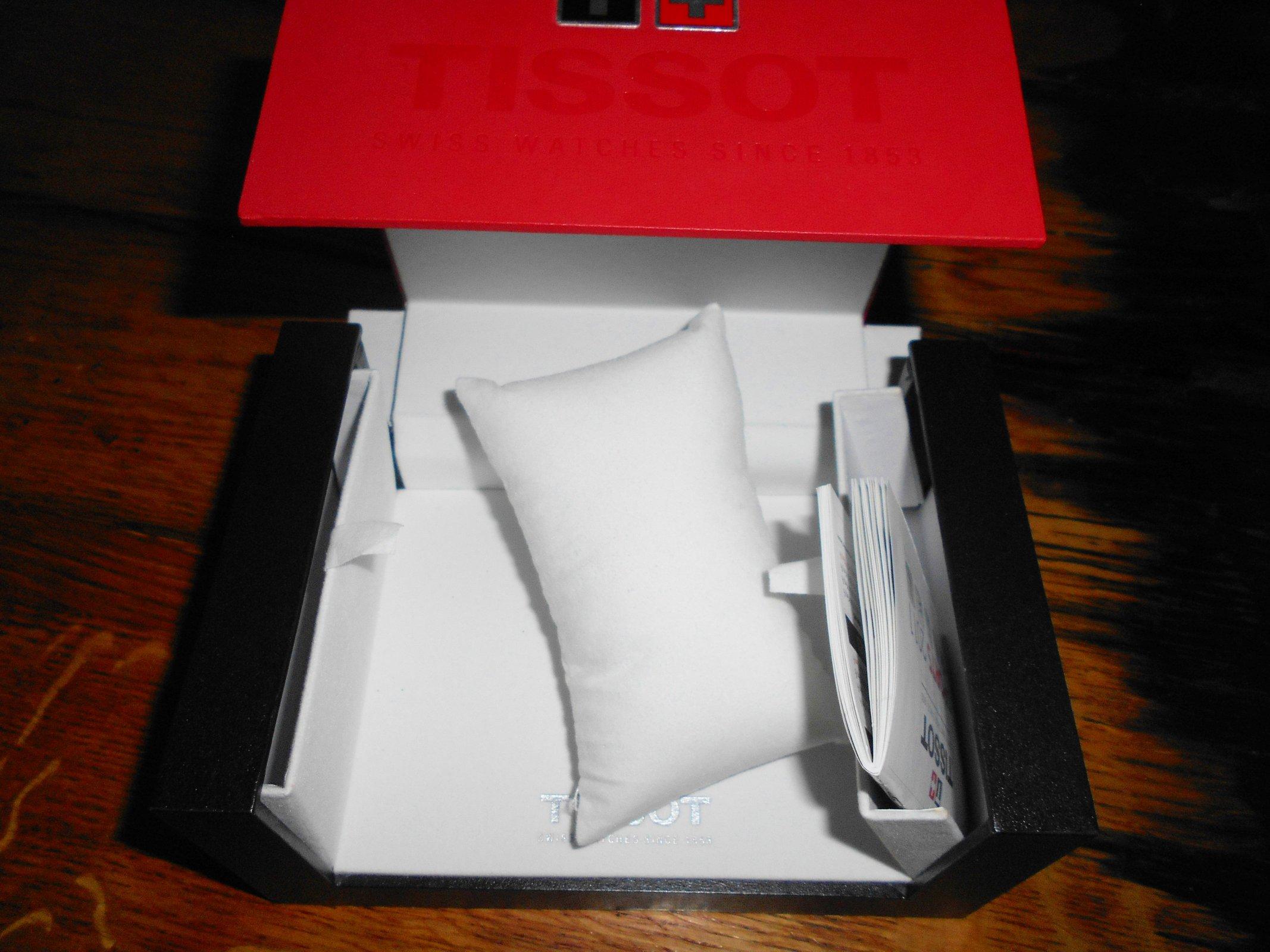 tissot box 2.JPG