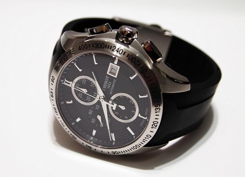 kaufberatung neuer chronograph schwarzes zb vorzugsweise automatik bis 500 euro uhrforum. Black Bedroom Furniture Sets. Home Design Ideas