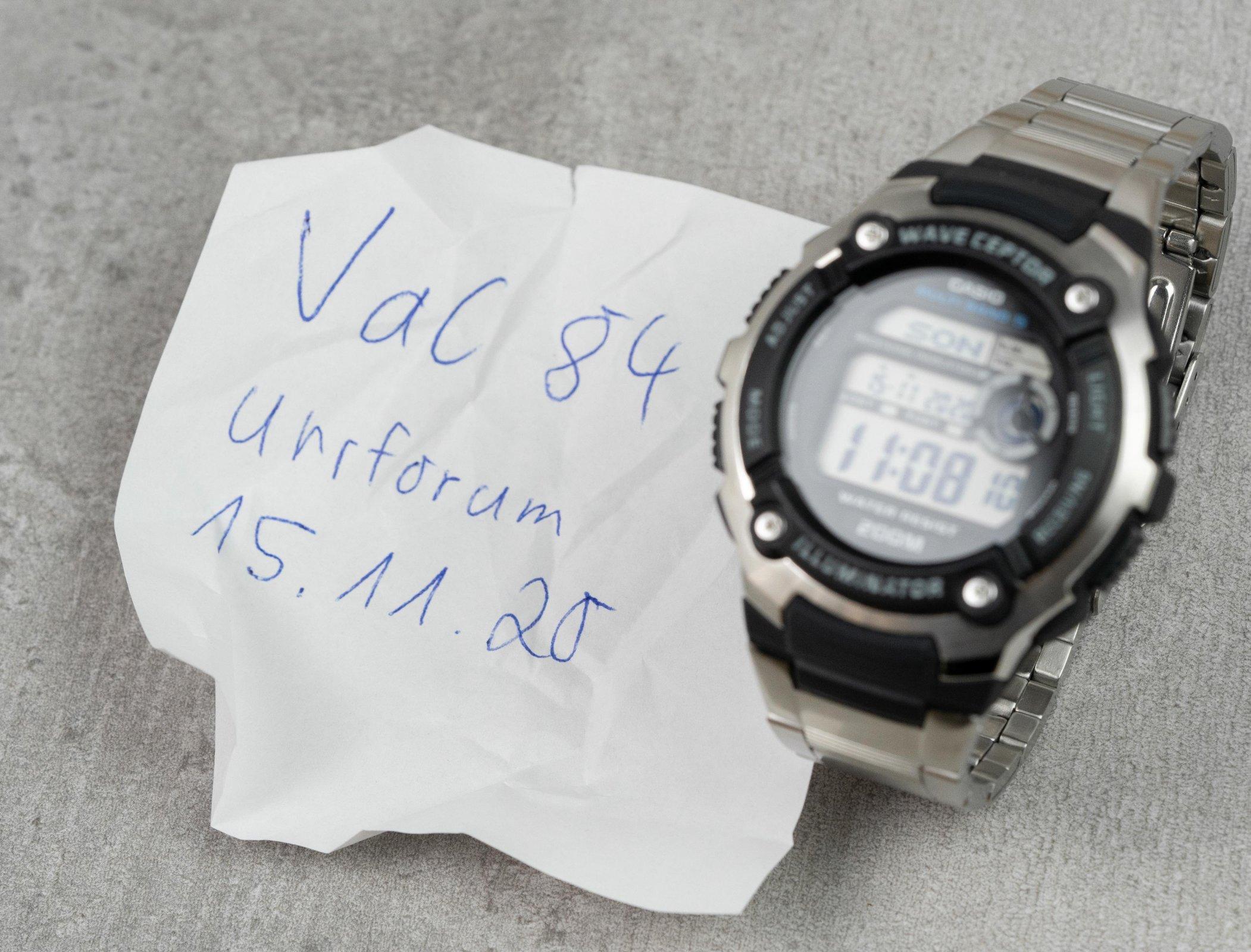 Uhr-1.JPG