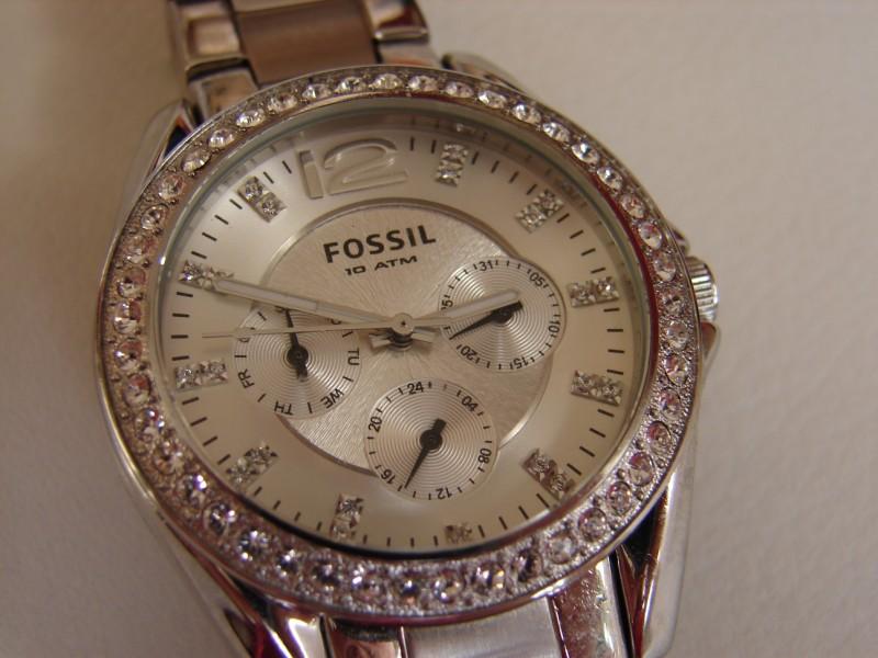 Damenuhren fossil  Fossil ES-2203 Damenuhr - UhrForum