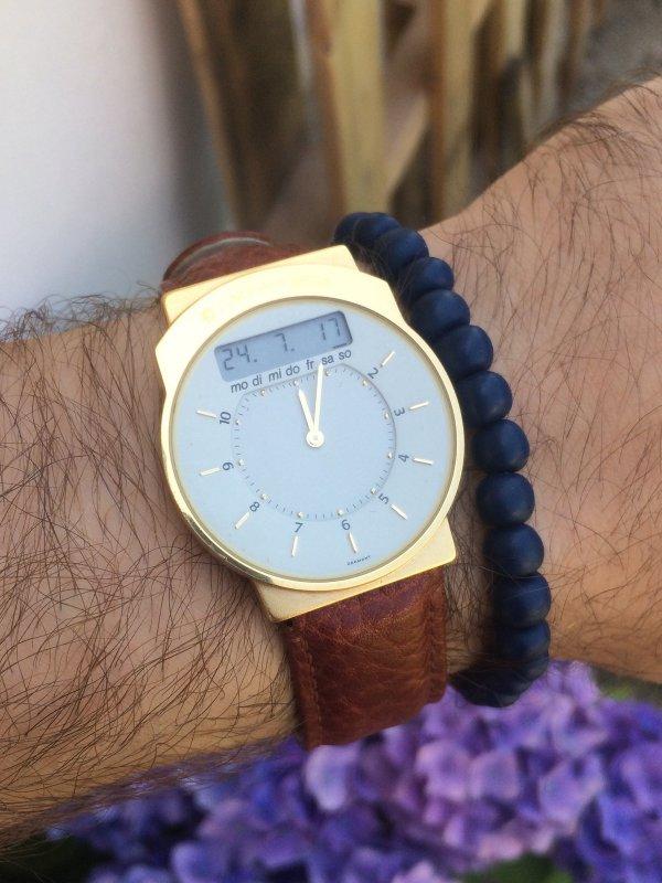 Wristshot Junghans Mega 2 01 Armband.jpg