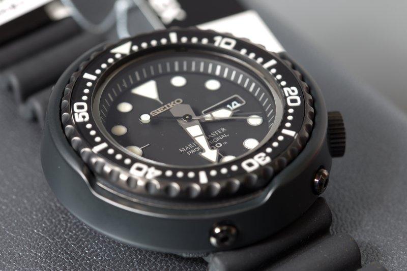 Seiko SBBN013 Darth Tuna - 06.jpg