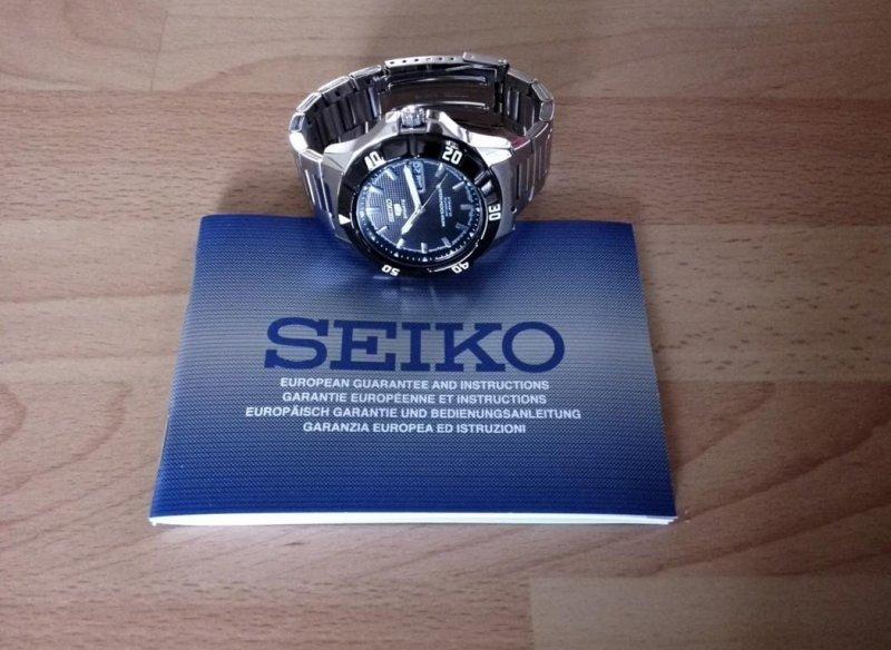 Seiko 5 Sports SNZD13K1 003.JPG