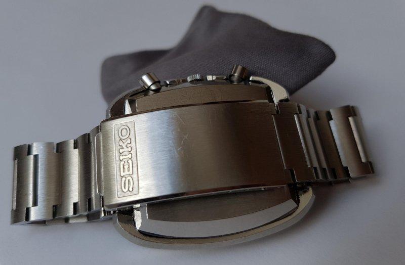 22_Seiko_7016-5011_Monaco_Goldie_Bracelet_01_small.jpg