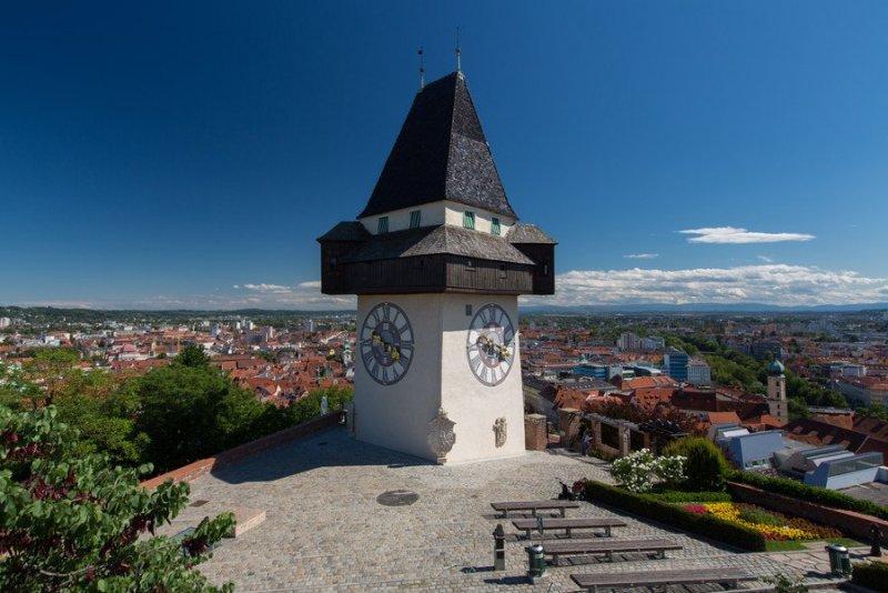 Schlossberg Graz 2.jpg