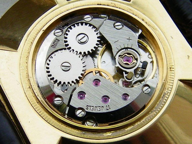 Bijoux Philippe Werk  2 ETA  2512-1.JPG
